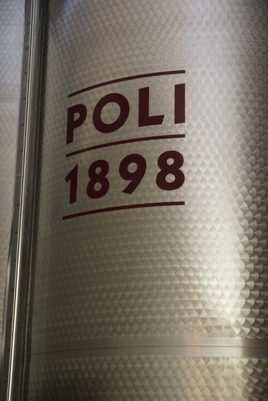 Poli-121